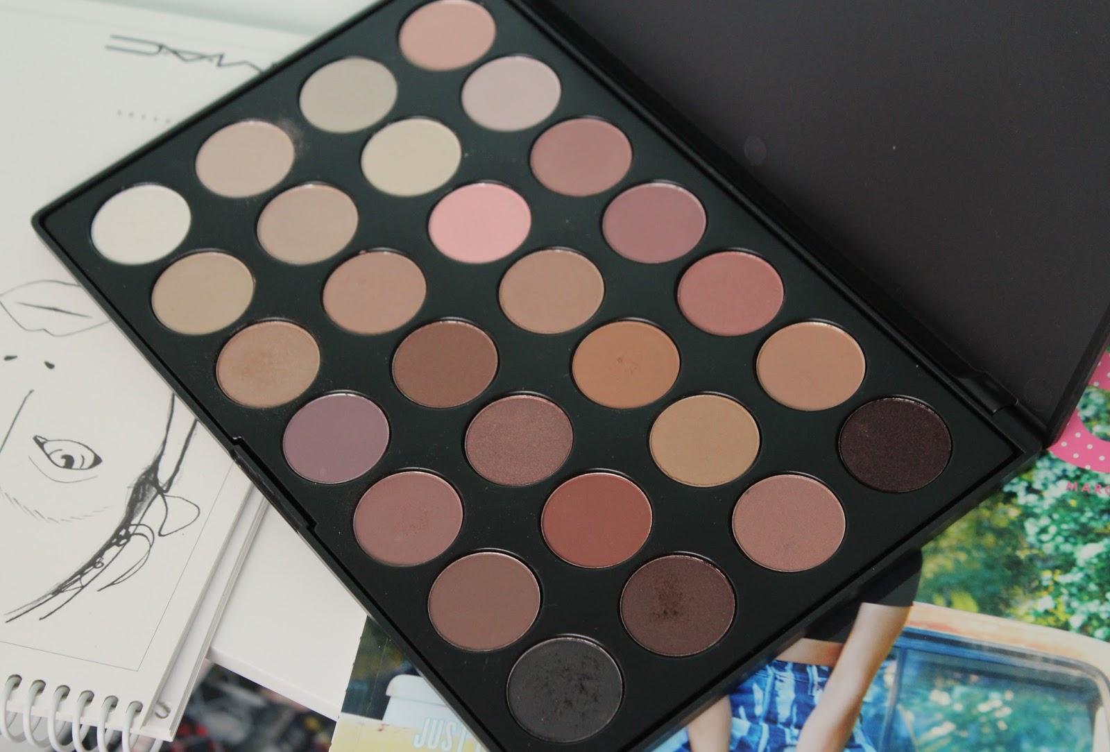 Beauy Steal Zoeva Nude Eyeshadow Palette Lily Pebbles